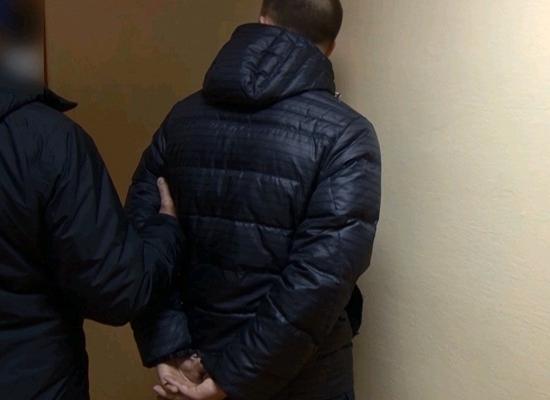 Двое экс-полицейских задержаны замошенничество вНижнем Новгороде