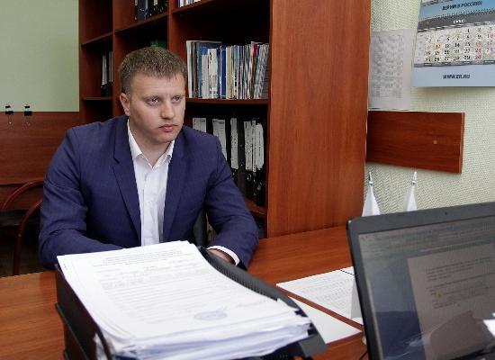 Рабочий, спросивший В. Путина о 4-м сроке, стал депутатом