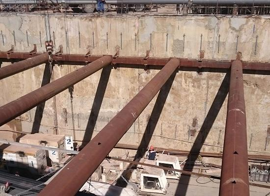 Неменее тысяча человек работают настроительстве метро «Стрелка» вНижнем