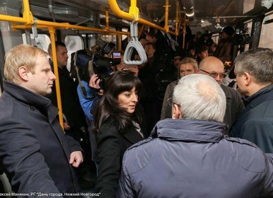 Казачкова Люлин и посол Чехии Ремек проехались на модернизированном трамвае в Нижнем Новгороде