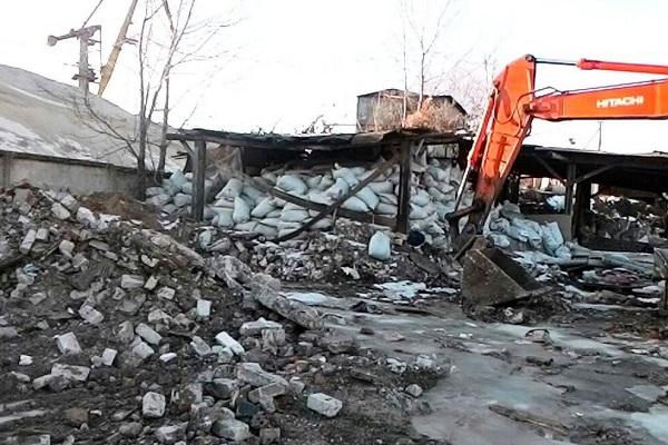 Стихийную свалку строительного мусора обнаружили вНижнем