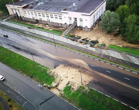 """meschera Daily Telegram: смытые дождём дороги, долги строителя """"Стрелки"""" и депутаты против пенсионной реформы - Zercalo.org"""